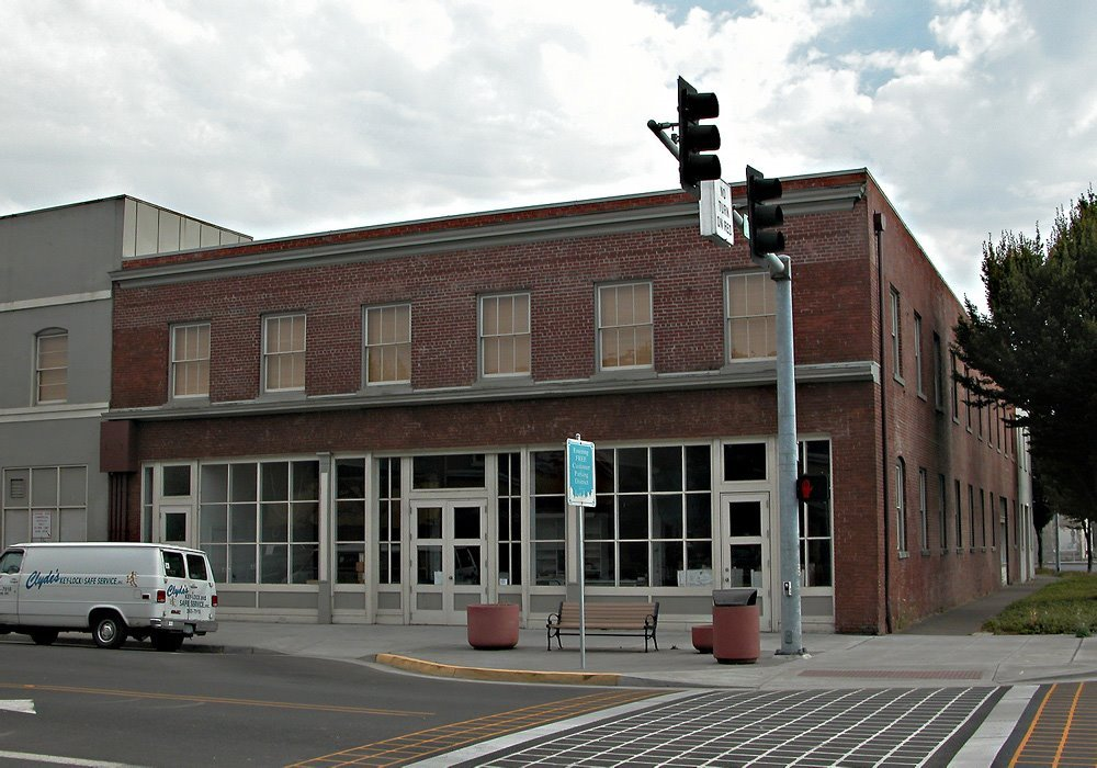 Manning Building 210 State Street (NR)