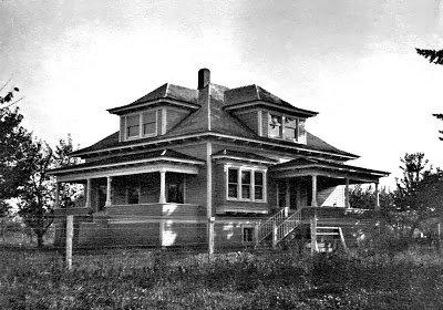 1913 The Heffley House