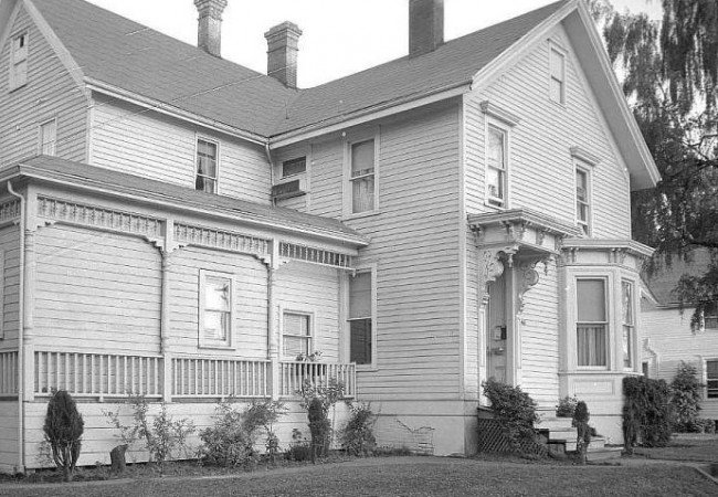 1841 The Jason Lee House