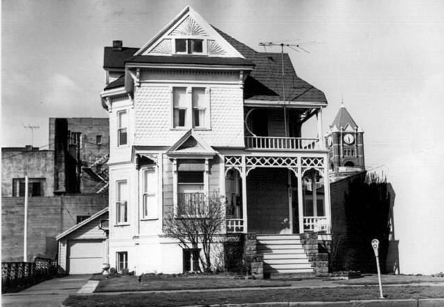 1895 Collins Downing House