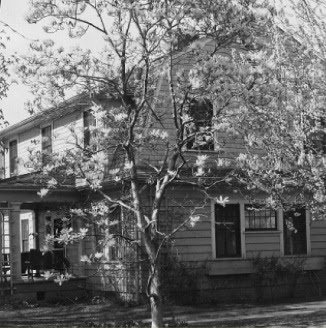 1910 Albert Moores House